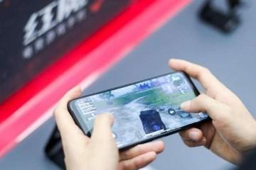 跑分超黑鲨小米国产手机功能王诞生上市13天点评超1万